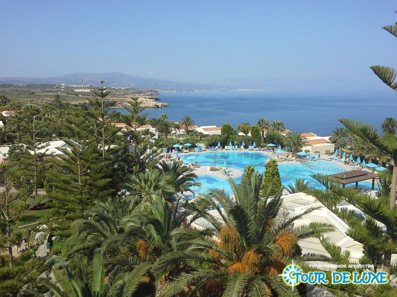 Hotel mirabello beach  village zaraden0fd do medzin0e1rodnej hotelovej siete iberostar sa nach0e1dza v kr0e1snom z0e1live len